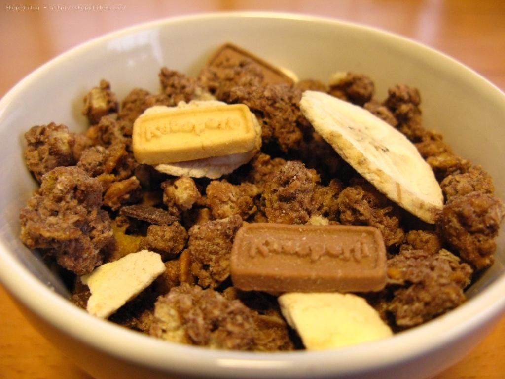 「クヌスパリ クランチミューズリー」のバナナチョコレート