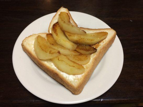 洋梨トースト